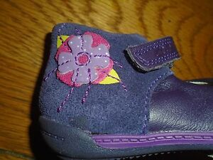 NWT baby / toddler girl first shoes. Ankle support. Clarks. 4.5E. RRP £32. 1/4