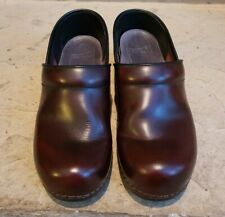 Dansko Womens Burgundy Oiled Leather Clogs Shoes Size 38 / 7.5 - 8 M Clean