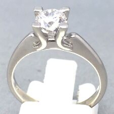 """STUNNING 9CT WHITE GOLD *CUBIC ZIRCON* SOLITAIRE ENGAGEMENT RING SIZE """"M""""  1447"""