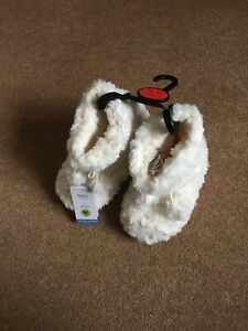 MARKS AND SPENCER VEGAN CREAM Kids Faux Fur Slippers BOOTS SIZE 10 EUR 29 BNWT