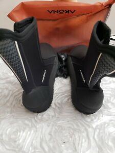Akona Titanium boots AKBT261 Size 11 NEW (B6)