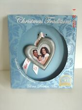 Ornament 2009 CHRISTMAS Is LOVE Traditions Collect HEART Gloria DUCHEN Photo