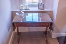 GT Rackstraw Reproduction 2 Drawer Drop Leaf Sofa Table in Excellent Condition