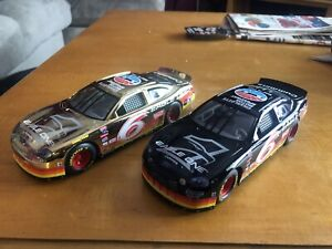 Racing Champions Mark Martin Ford Taurus #6 Eagle One Diecast 1:24 Set Of 2 1998