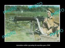 OLD LARGE HISTORIC PHOTO OF AUSTRALIAN MILITARY SOLDIERS USING MACHINE GUN c1940