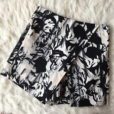 Topshop Tall Black White Beige Abstract Floral Stretch Skort Skirt Shorts UK 8