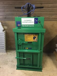Recycling Baler Suitable For Cardboard , Plastic Film And Crushing Cans