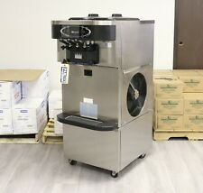 2012 Taylor C723 Soft Serve Frozen Yogurt Machine | 3 Phase, Air Cooled