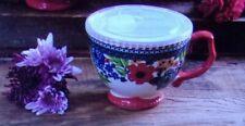 The Pioneer Woman Dazzling Dahlias 27 oz. Ceramic Cup w/ Vented Lid