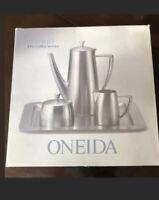 Oneida Heirloom Astrid Coffee/Tea Pot Serving Set Creamer Sugar Tray