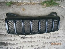 Jeep Grand Cherokee SRT8 Front Grill - Breaking car