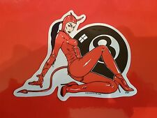 Low Brow Kustom Kulture Art Autocollant Hot Rod Diable huit Ball Hot Girl Horny