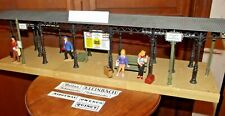 """LGB Pola 23"""" Covered Platform G Scale with figures"""