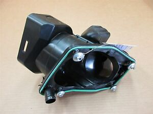 14 Cayman S RWD Porsche 981 L AIR INTAKE CLEANER ASSEMBLY 98111002102 12,926
