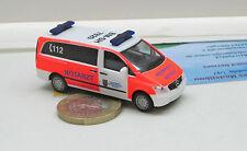 """Herpa  091985  Mercedes-Benz Vito Bus NEF """"Feuerwehr Hürth""""(02)"""