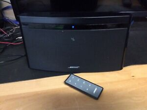 Bose Soundlink Air digital music system - Airplay w. remote and AC adapter