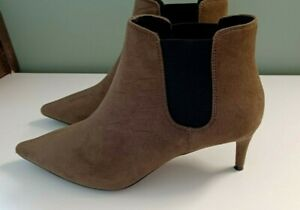 M&S  Insolia  Ankle Boots Pointed Toe  Kitten Heel Size 4 Ladies Womens Ex Cond