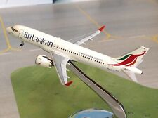 Aeroclassics Sri Lankan Airlines Airbus A-320 4R-ANA 1/400 scale airplane model