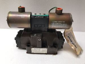 Vickers Double A QF-8-C-10B1-T-J-V Directional Control Valve