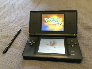 Nintendo DS With Pokemon Heartgold