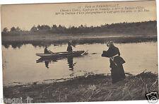 78 - cpa - Forêt de RAMBOUILLET - Mme la Duchesse d'Uzès photographiant le cerf