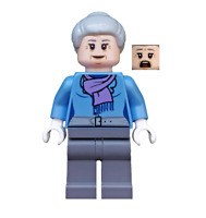 Lego Aunt May 76057 Light Purple Scarf Super Heroes Minifigure
