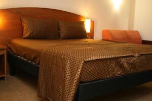 COTTON SATIN BED SHEET SET 4 PCS UK KING SIZE