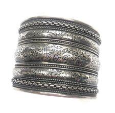 wide adjustable bangle fashion bracelet Silver tone metal flower floral scroll