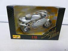 Maisto Ducati Motorcycle Silver 1:18