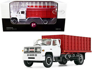GMC 6500 GRAIN TRUCK WHITE & RED 1/34 DIECAST MODEL BY FIRST GEAR 10-4216