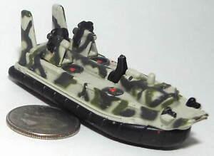 Small Micro Machine Plastic US Navy Assualt Hovercraft Landing Craft/ Jungle Cam