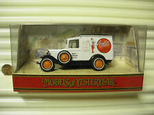MATCHBOX MODELS OF YESTERYEAR 1991 Y22C PRATTS 1930 MODEL A FORD VAN MINT BOXED*