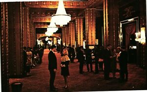 Vintage Postcard - Crystal Chandeliers In Lobby Fairmont New Orleans #5703