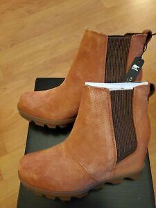Sorel Joan of Artic Chelsea Wedge II Waterproof Boot Teak Brown  Women's 9