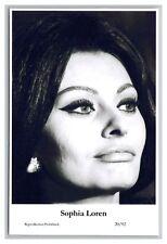 Sophia Loren (C) Swiftsure Postcard year 2000 modern print 20/92 glamour photo