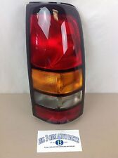 2004-2007 GMC Sierra 1500 2500 3500 RH Rear TAIL LIGHT BRAKE/LAMP new OEM