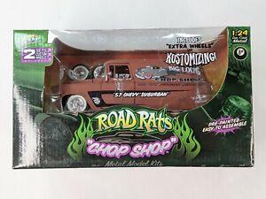 Jada Toys Road Rats Chop Shop '57 Chevy Suburban 1:24 Mint Boxed