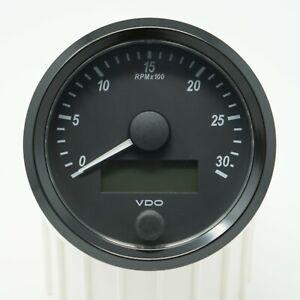 VDO SingleViu Drehzahlmesser 80mm 3000 U/min LCD Betriebsstundenzähler EBZ