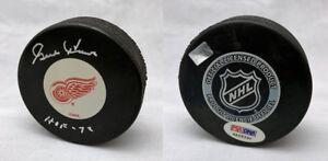 Gordie Howe SIGNED Red Wings Logo Hockey Puck + HOF 72 ITP PSA/DNA AUTOGRAPHED