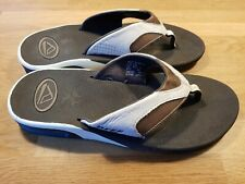 REEF FANNING FLIP FLOPS. BROWN AND WHITE UK 8/9 EU 42 EXCELLENT CONDITION