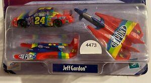 Jeff Gordon #24 DUPONT Winner's Circle 1/64 Fantasy Pack           #4473
