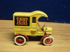 ERTL DIECAST NEW HOLLAND DELIVERY TRUCK BANK 1905 FORD 476805