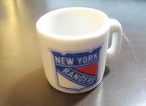 NEW YORK RANGERS NHL HOCKEY OLD MINI MUG