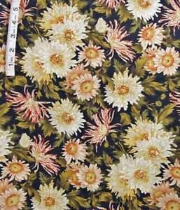 Large Daisy Floral 'Florabunda Style' Print ,Black Cotton Fabric,Hoffman,Crafts