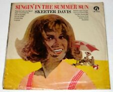 Chinese SKEETER DAVIS Singin' In The Summer Sun LP Record