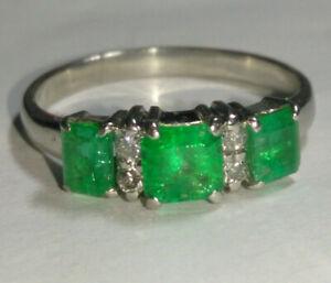 Solid platinum natural emerald and diamond ring 6.12 grams - sz 10