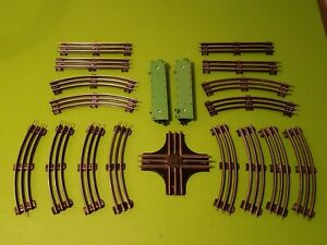 Vintage Lionel Train Track Lot 12 Curves 4 Straights 1 Intersection/Crossing