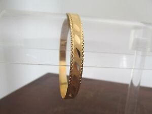 18ct Yellow Gold Etched Bangle