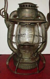 Antique Dietz Vesta Lehigh Valley L.V.R.R. Embossed Dietz Railroad Lantern