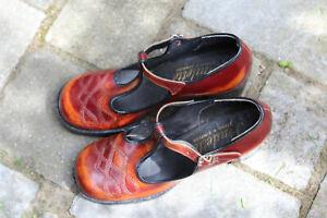 Vintage ladies shoes - Retro 60s/70s MaryJane platform Simpson size 5 Brown